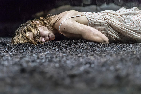 Звезды в театре yerma at the young vic