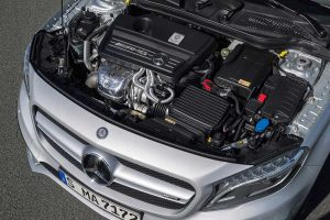 Лучшее из всех классов 2014 Mercedes Benz GLA 45 AMG Mechanical Engine Compartment