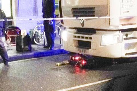 bike-under-a-lorry
