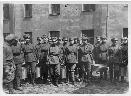 «(Никакого) секса после революции 1917 года»