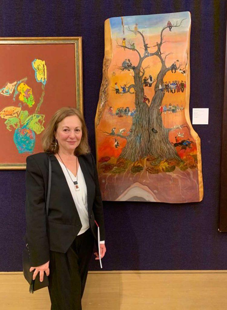 Работа «Древо Жизни» лондонской художницы Симы Васильевой будет выставлена на аукционе Bonhams