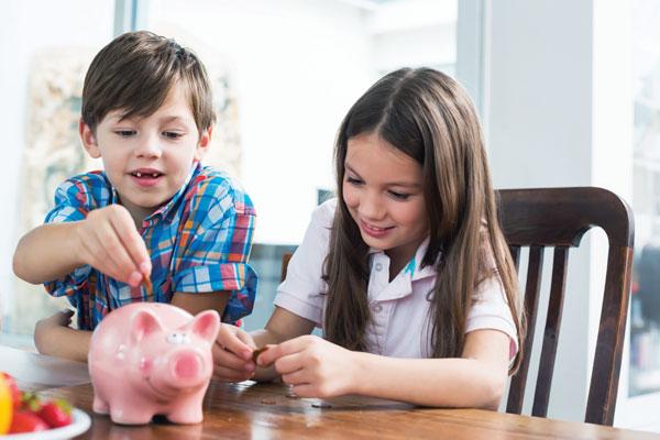 Репетиция взрослой жизни: карты предоплаты для детей