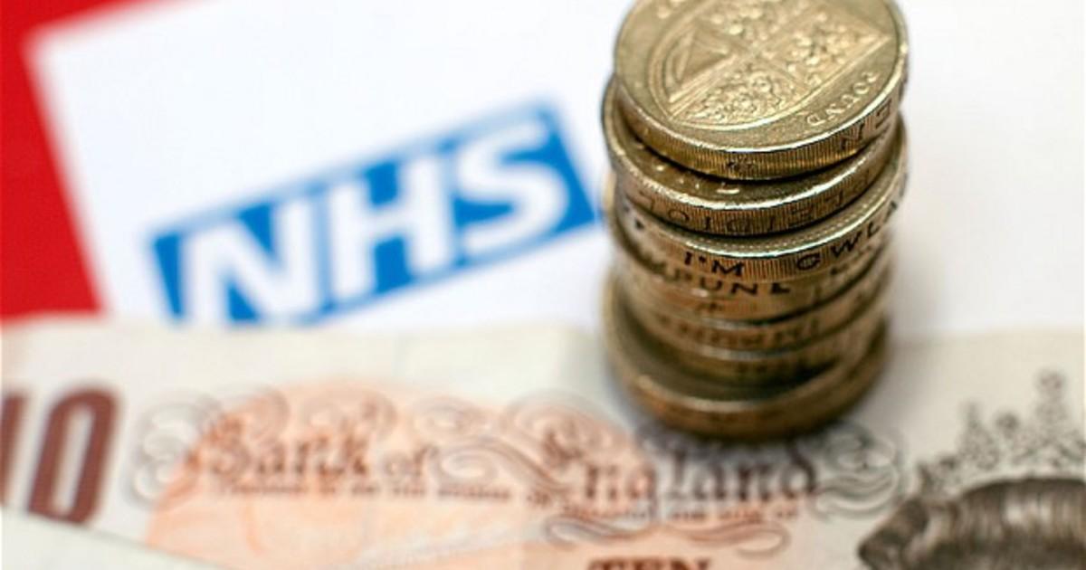 Врачи, медсестры и другие работники NHS смогут получить зарплату сразу после смены