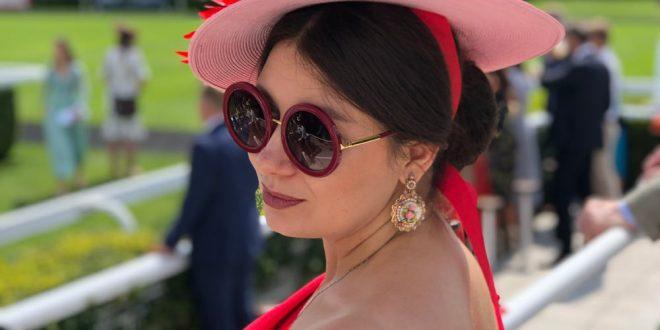 «Женщина в маске» или Как маски пришли на смену дамским шляпкам