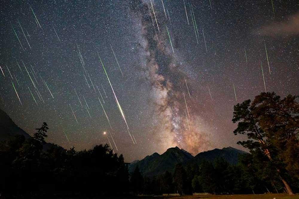 Метеориты над Британией
