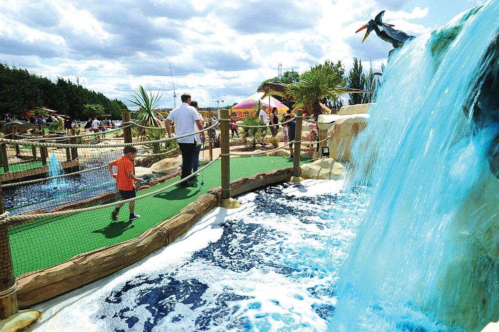 Лучшие места для игры в мини-гольф недалеко от Лондона