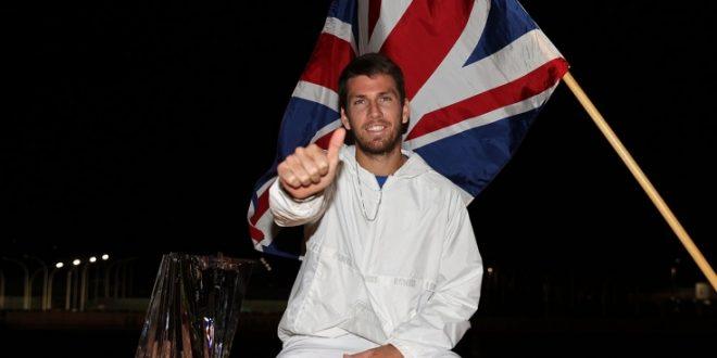 Новости спорта: победы британского тенниса и гольфа, бокс и фигурное катание